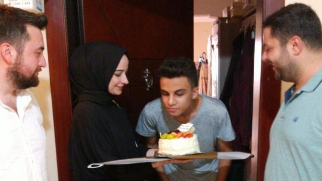 AK Gençlik'ten o gençlere doğum günü jesti