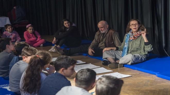 Asa Lind İzmir'in çocuklarıyla buluştu