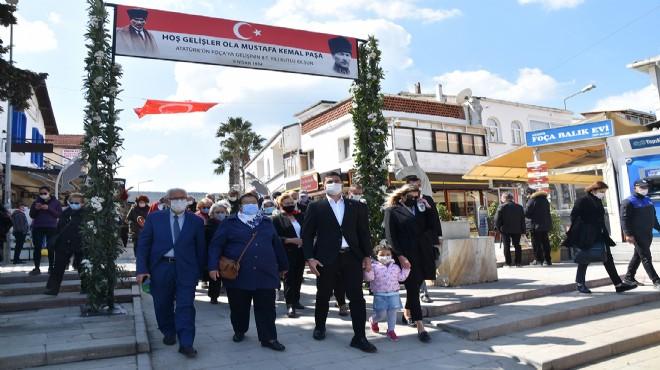 Atatürk'ün Foça'ya gelişinin 87. yılı anıldı
