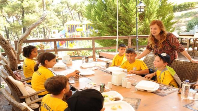 Balçova'da eğitime destek geleneği sürüyor!