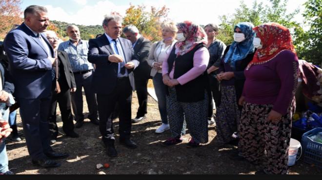 Başkan İduğ, tarlada çalışan kadınları ziyaret etti