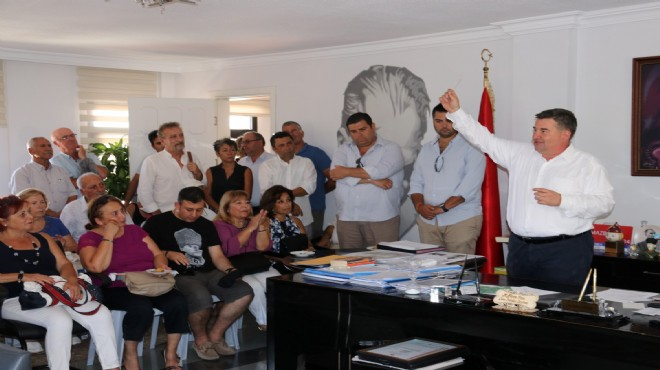 Başkan Oran'dan bayramlaşmada mesaj seli!