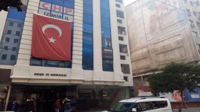 CHP'de başkan adayından il binasının altına seçim ofisi!