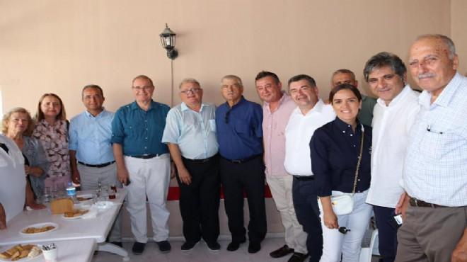 CHP İzmir'de 'katılımı' dikkat çeken bayramlaşma!