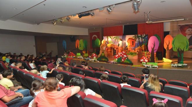 Çiğli'de çocuklara özel tiyatro şenliği