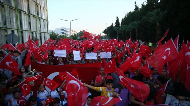 Dünya şampiyonu Çolak'a İzmir'de coşkulu karşılama