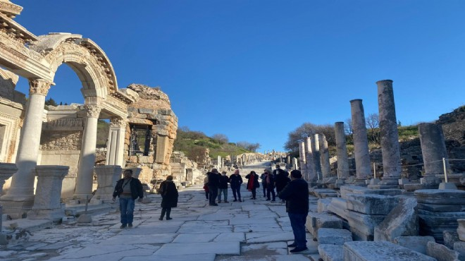 Efes Antik Kenti güvenli turizmin adresi!