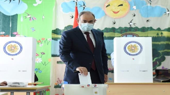 Ermenistan'da ilk sonuçlar: Paşinyan'ın partisi kazandı