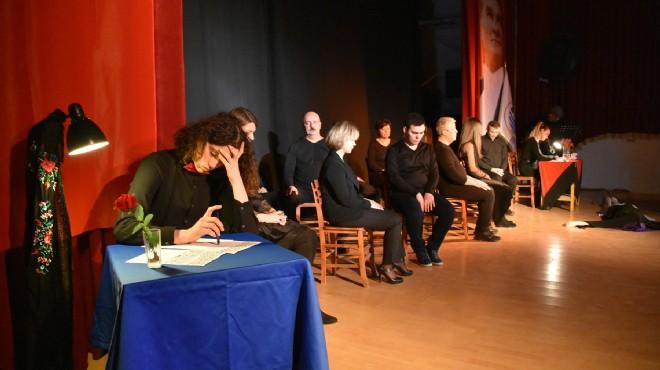 Foça'da 14 Şubat'a özel sevgi dolu şiirler