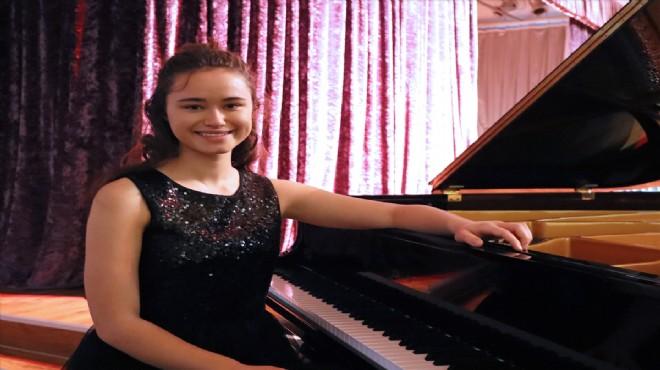 Genç piyanist tam puanla Karlsruhe Müzik Üniversitesine kabul edildi