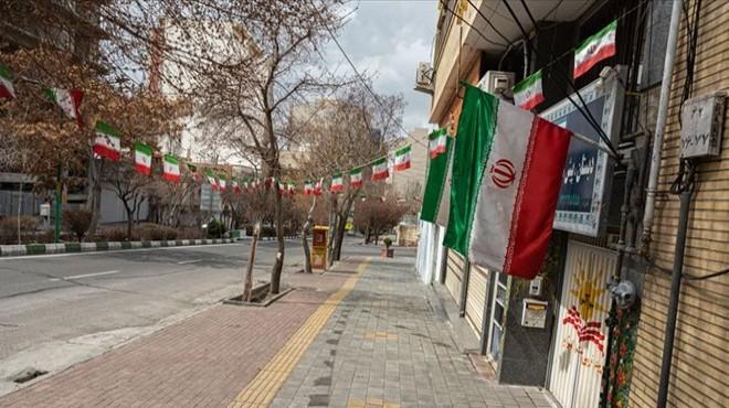 İran'dan yer altında 'füze şehirleri' inşası
