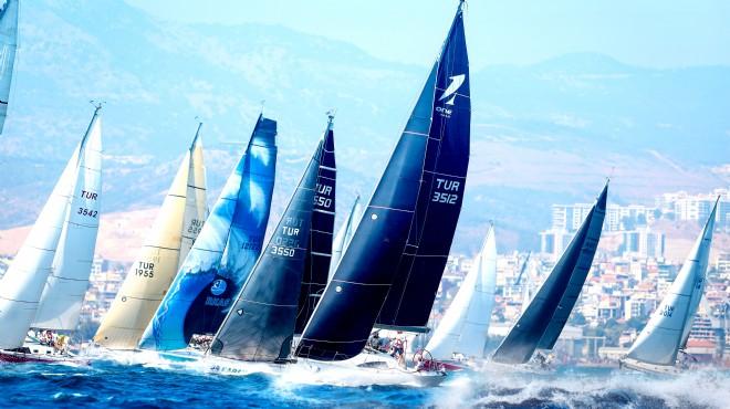 İzmir Körfezi'nde yarış zamanı