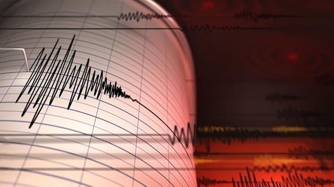İzmir açıklarında 3,8 büyüklüğünde deprem