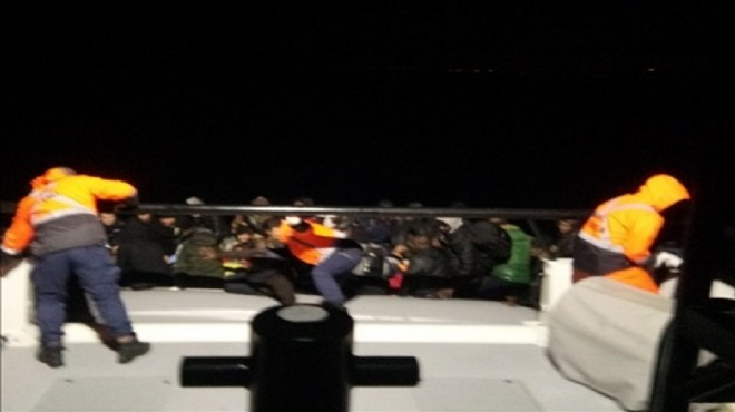 İzmir'de 55 düzensiz göçmen yakalandı