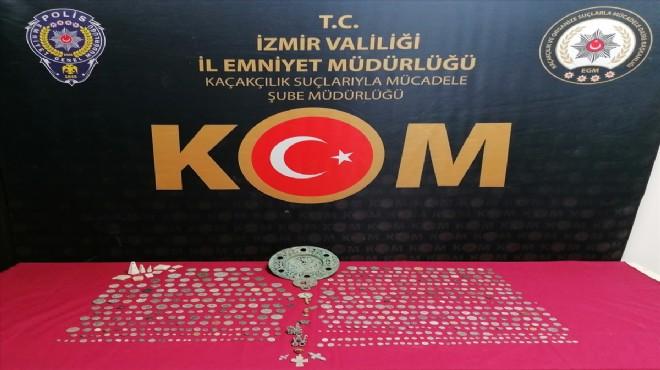 İzmir'de 661 parça tarihi eser ele geçirildi