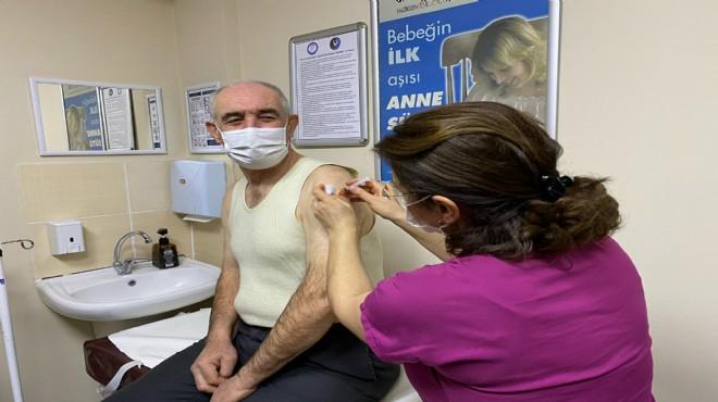 İzmir'de aşı raporu: Kaç bin doz yapıldı?
