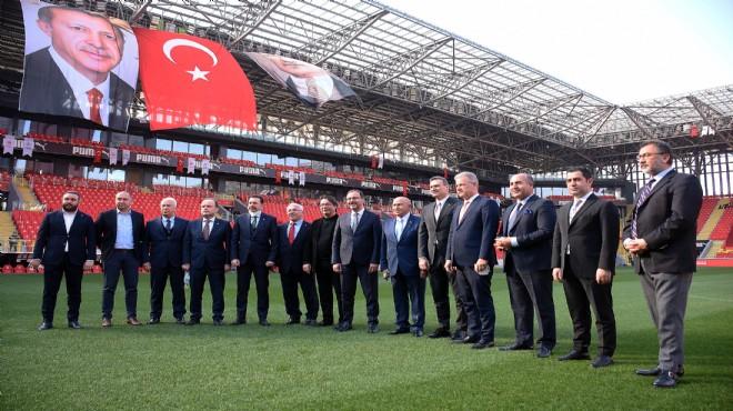 İzmir'de başkanlardan örnek tablo!