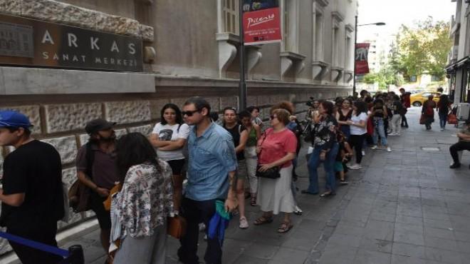İzmir'deki Picasso sergisine ziyaretçi akını