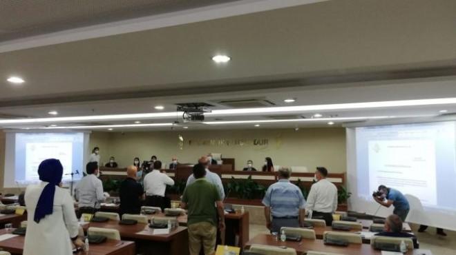 Karabağlar Meclisi'nde 'özür' krizi