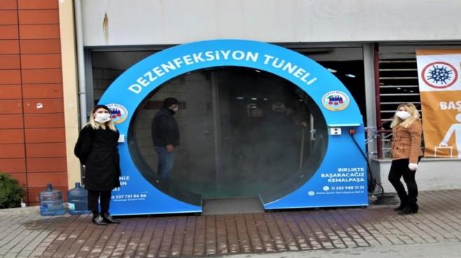 Kemalpaşa'da koronavirüsle mücadele üst seviyede: 'Dezenfekte tüneli' kuruldu!