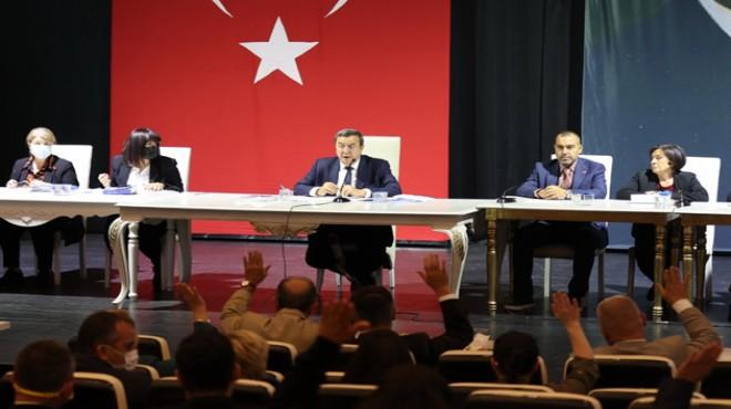Konak'ta dev bütçe mecliste kabul edildi