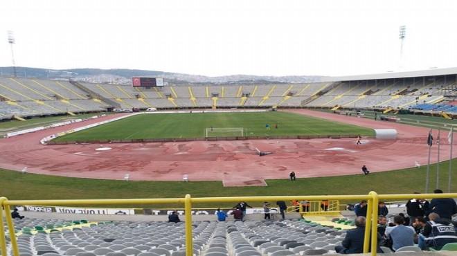 Menemenspor'un evindeki ilk maçı Atatürk Stadı'nda