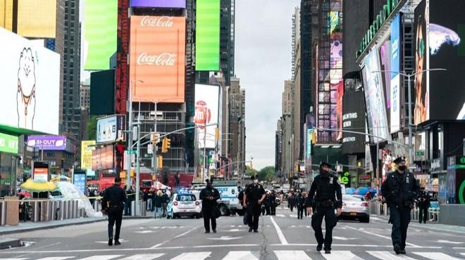 New York Times Meydanı'nda silahlı saldırı!