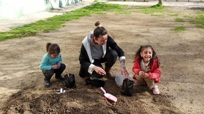 Selçuk'un çocukları toprakla büyüyor!