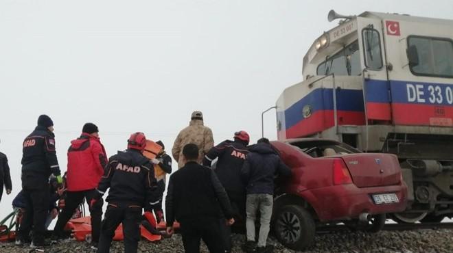 Tren otomobili biçti: 3 ölü