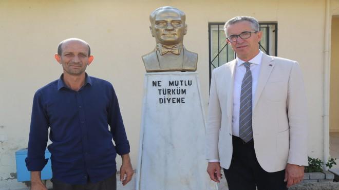 Zarar gören Atatürk büstü onarıldı